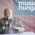 Andy Vajna, a magyar filmipar megújításáért felelős kormánybiztos a IV. Music Hungary konferencián az egri Bolyki pincészetben 2016. május 26-án (Fotó: MTI/Komka Péter)