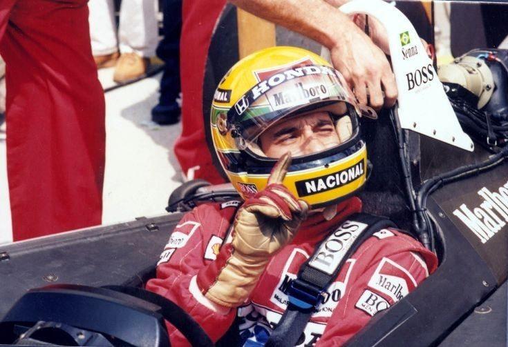 Belógott a silverstone-i boxba – Sennába és Mansellbe botlott…