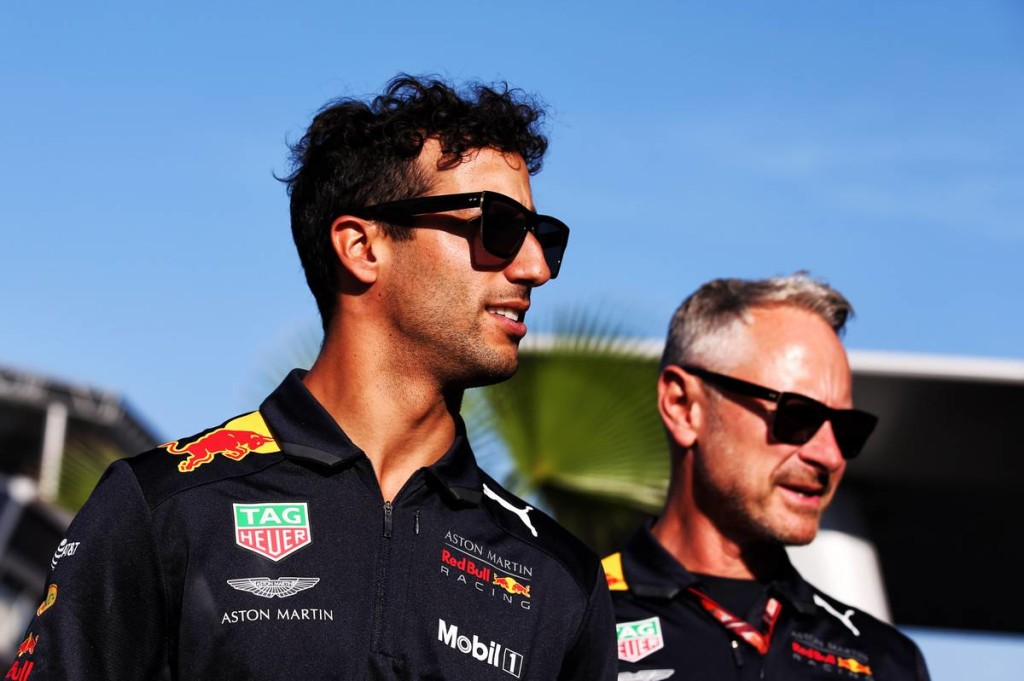 A törmelékek lassították le Ricciardót