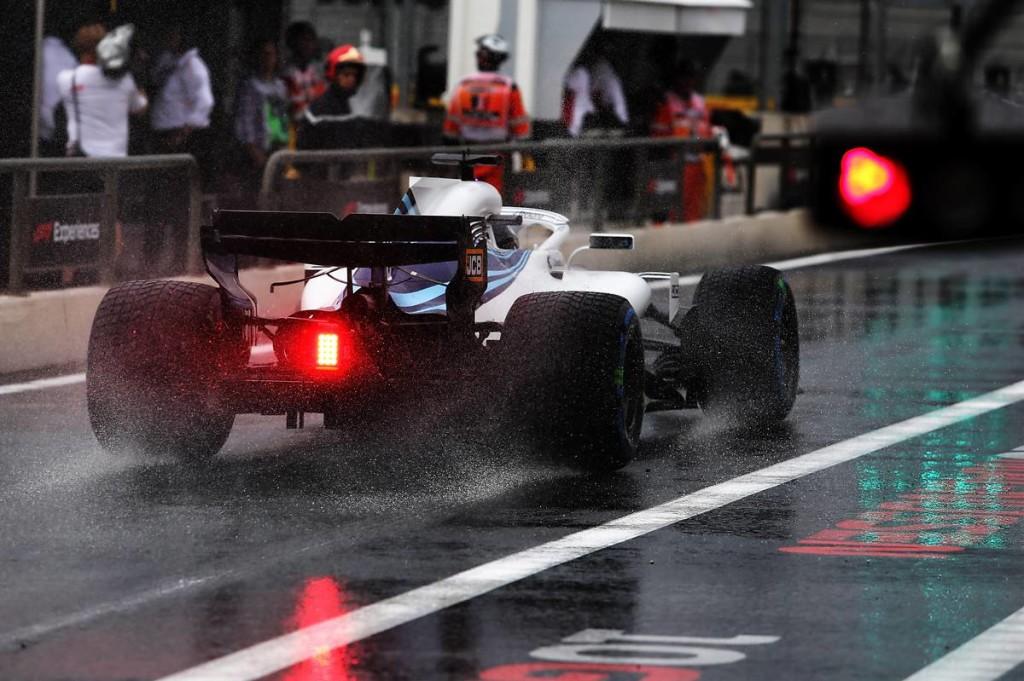 Az eső törte meg Hamilton uralmát: unalomba fulladt az utolsó edzés