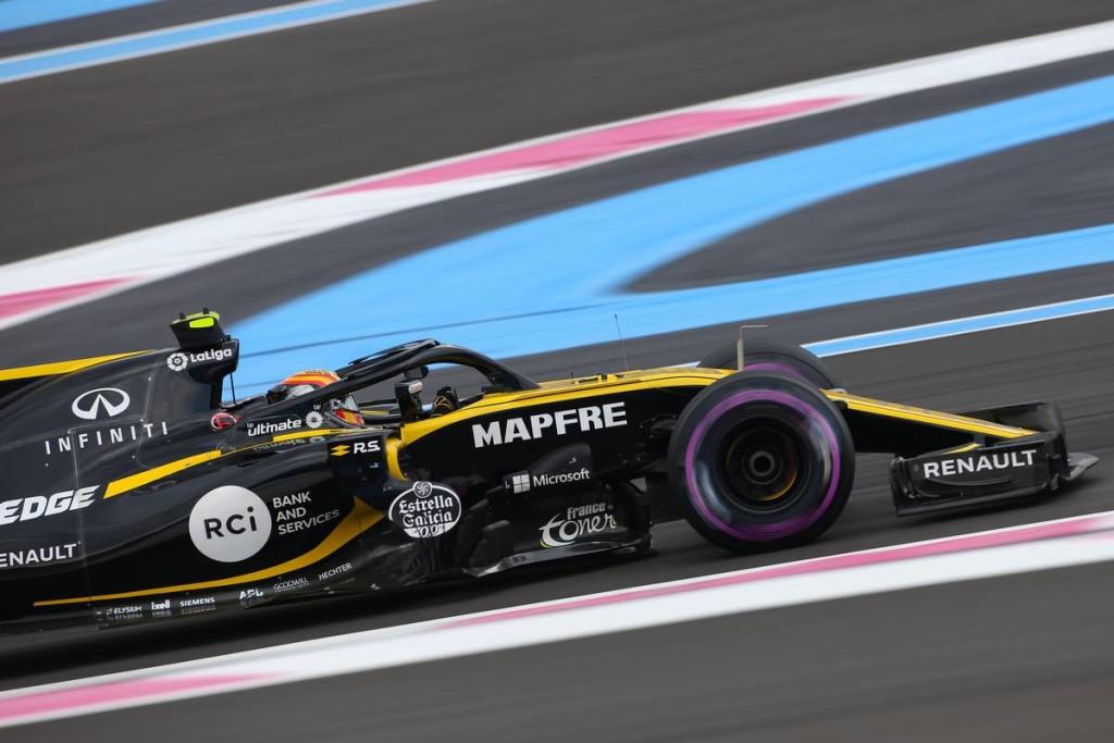 Büntetést kapott a Renault
