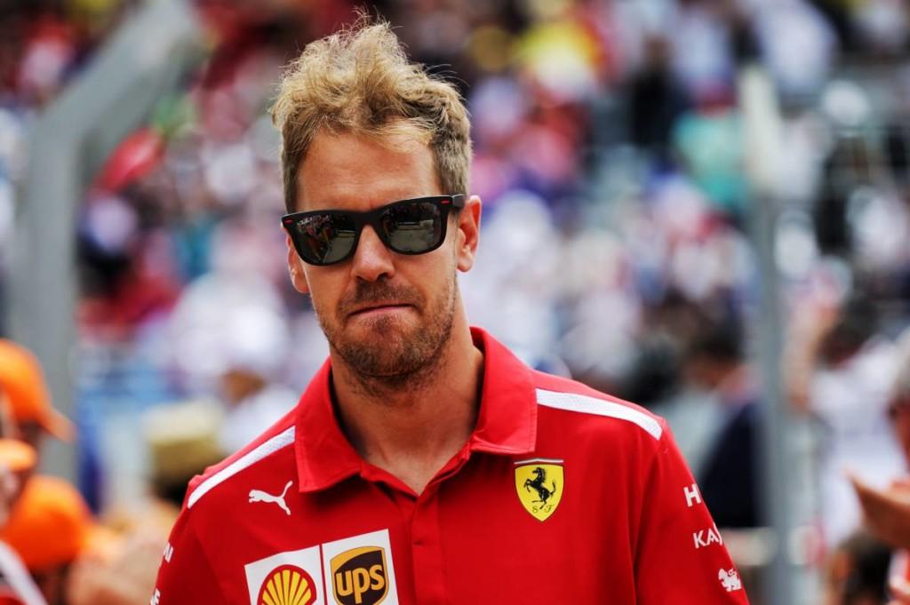 Vettel a túl jó rajtja áldozata lett