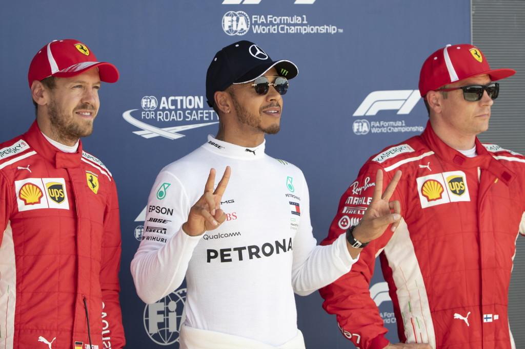 Briatore: A Ferrari akkor nyerhet, ha Hamilton hibázik