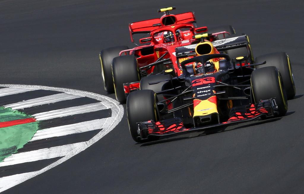 Räikkönen megfigyelése: A Mercedest könnyebb üldözni a Red Bullnál