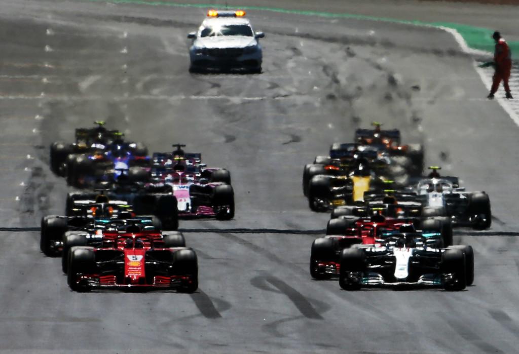 Két eldobott pole: aggasztják a rajtgondok a Mercedest