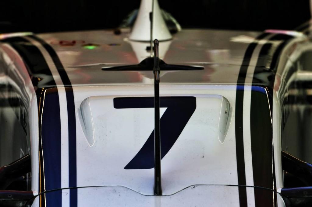 Szerény bemutatóval debütál Räikkönenék új autója