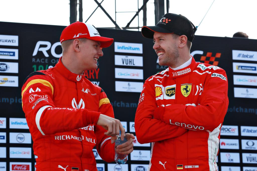 Vettel: Ha itt lett volna, Schumacher büszke lett volna a fiára