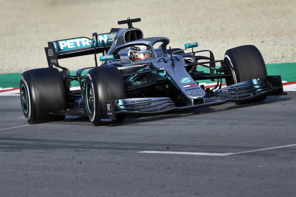 Nem elégedett a Mercedes – valóban lemaradtak volna?