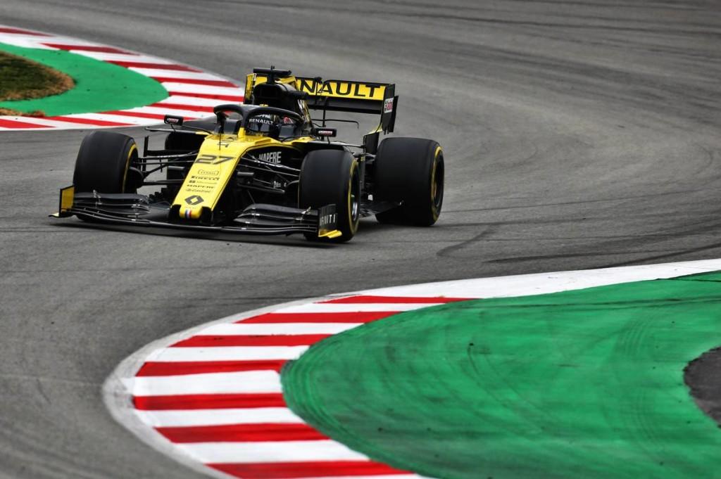 Hülkenberg a végén robbantott, a Renault vitte az utolsó tesztnapot