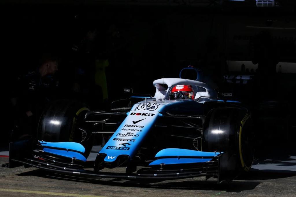 A Renault együtt érez a Williamsszel, Russel büszke csapatára