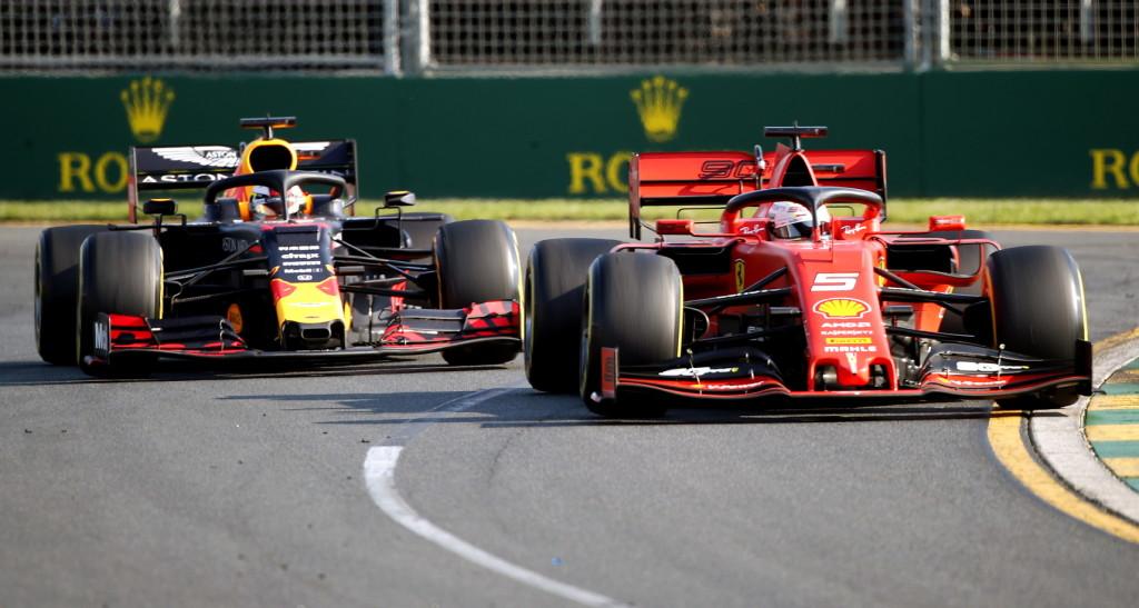 Fordulat a Red Bullnál: túl jó a Honda-motor a karosszériához