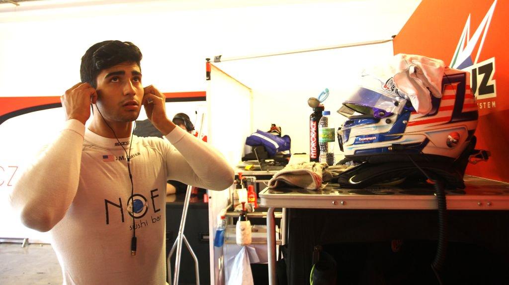 Amerikai fejlesztőversenyző az Alfa Romeónál