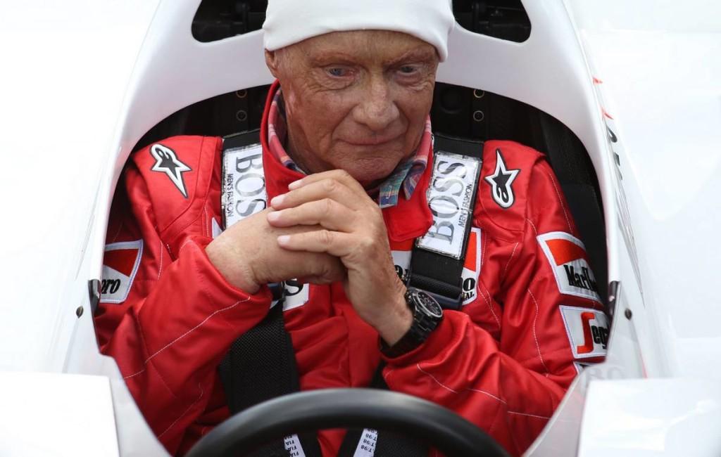Versenyzői overallban temetik el Niki Laudát