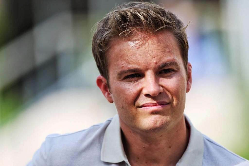 Hamilton és Verstappen szurkálódása után hangnemet vált Rosberg