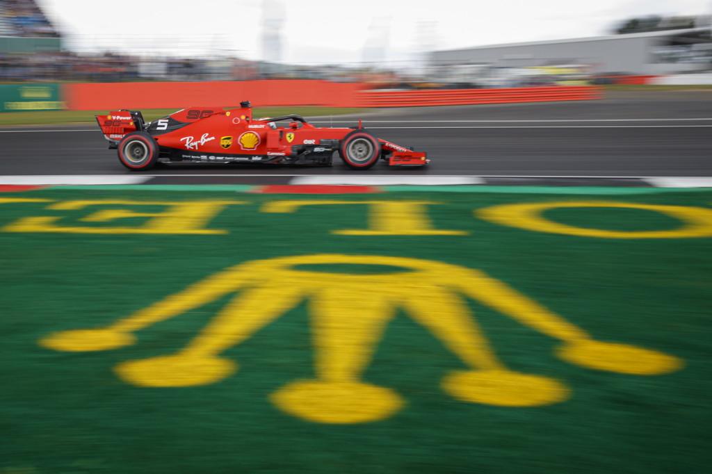 Élre állt a Ferrari: tizeden belül Leclerc, Vettel és Hamilton!