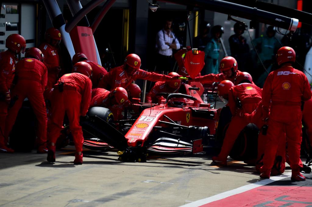 A Ferrari elmagyarázta a Leclerc pozíciójába kerülő boxtaktikát