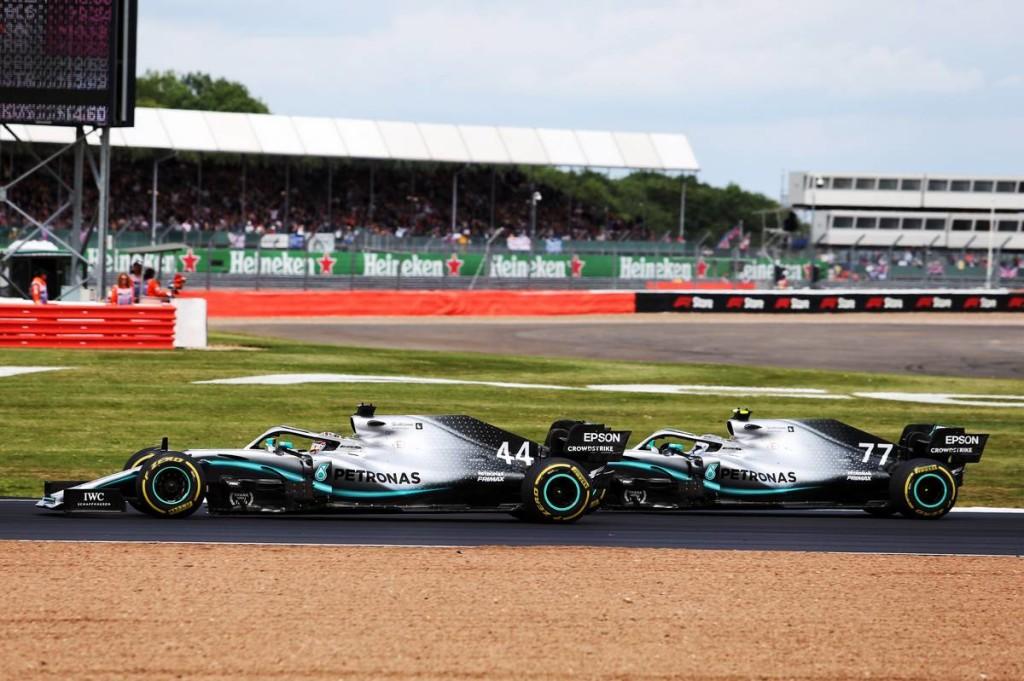 Hamilton: Blokkolhattam volna Bottast, de nem lett volna helyes