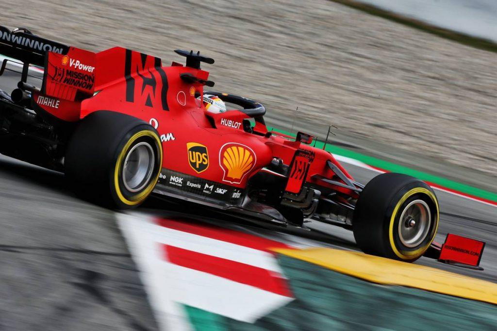 Vettel visszasírja a könnyebb és fürgébb F1-es autókat