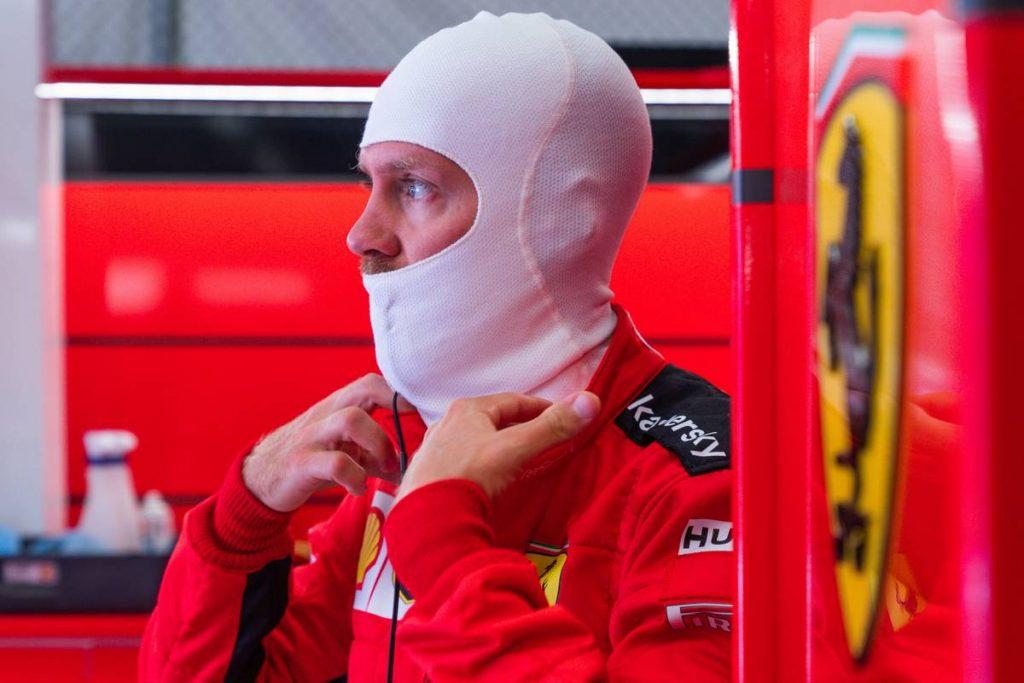 A Mercedes-elnök nem akarja Vettelt