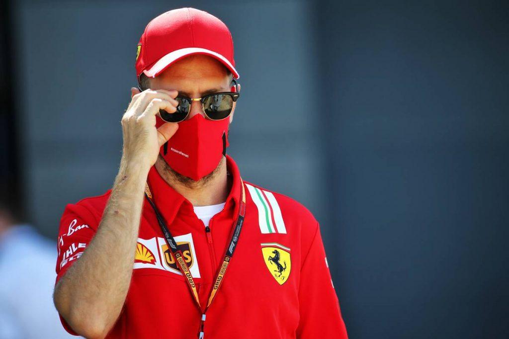 Pérez betegsége miatt csúszik Vettel bejelentése?
