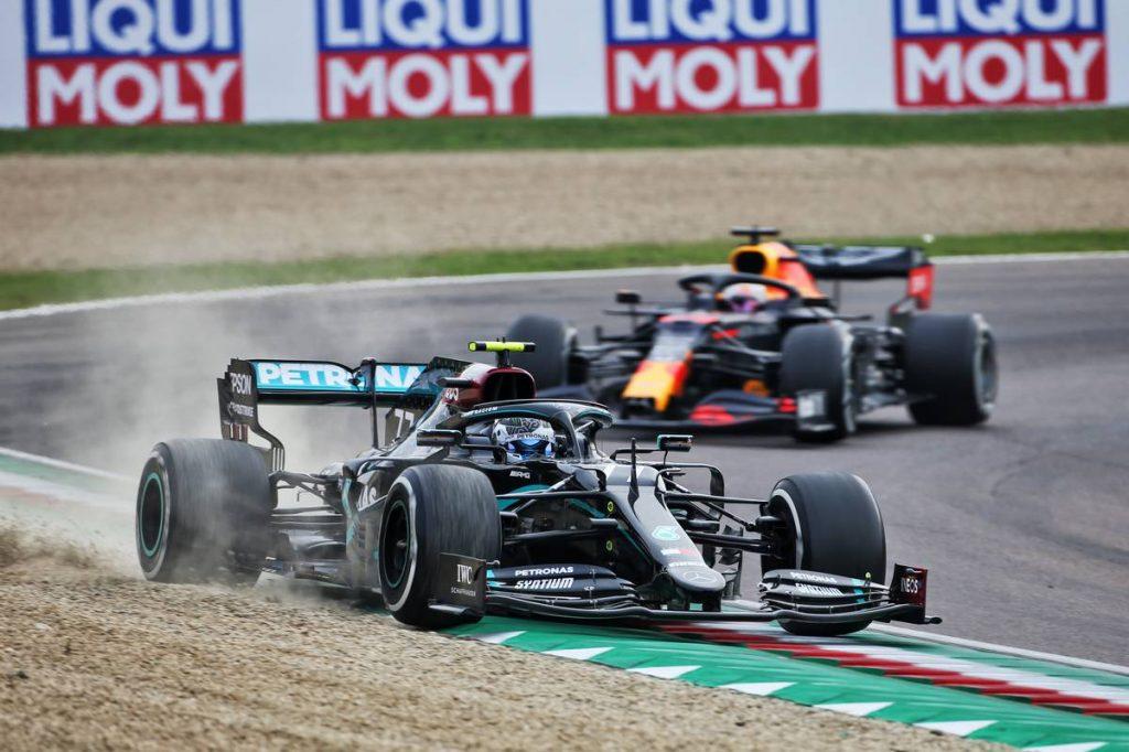 Körönként egy másodpercébe került Bottasnak Vettel szárnyeleme