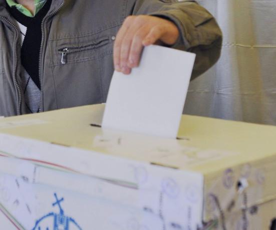 Választás, szavazás, voksolás, szavazóurna