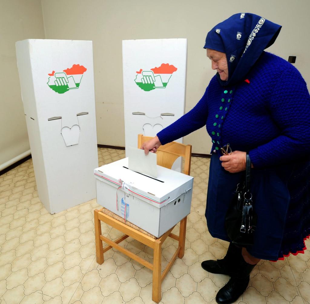 Négy településen rendeznek ma időközi választást