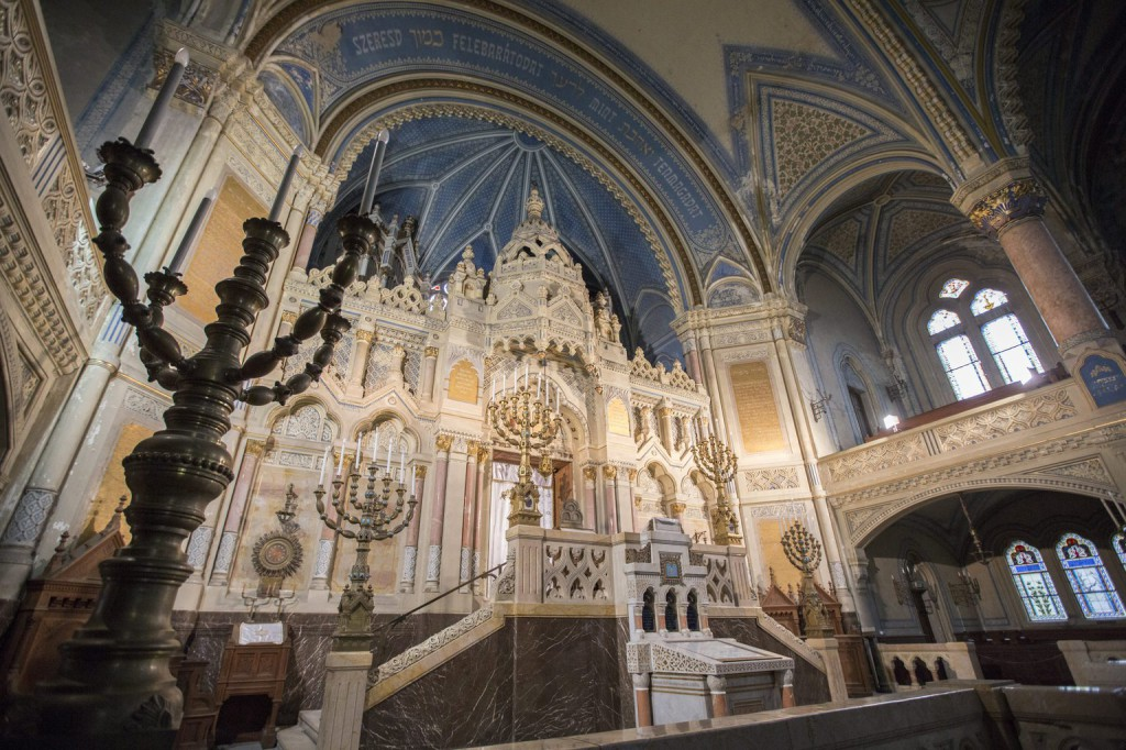 Délmagyarország - Szegedi főrabbi: még nem tárgyaltak a zsinagóga felújításra szükséges pénzről
