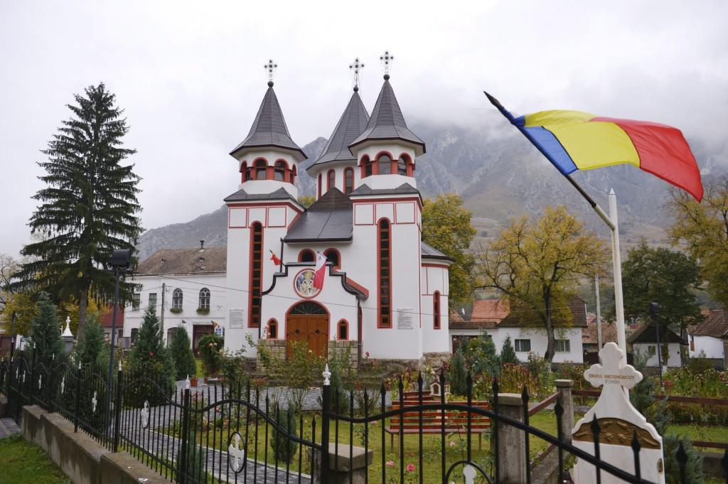 Bukarestben döntenek a román zászló kitűzéséről Sepsiszentgyörgyben