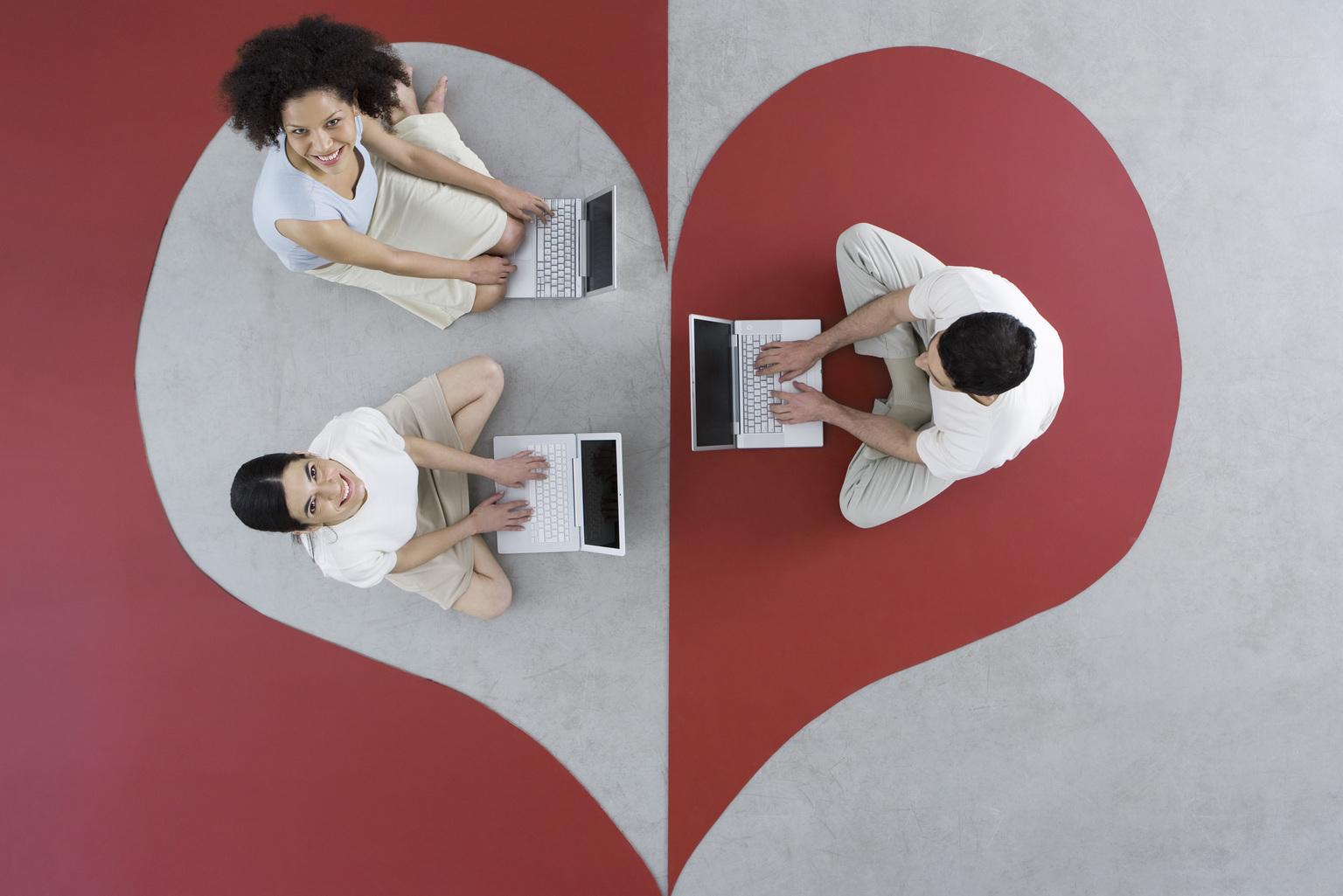 Online társkereső kérdések, amelyeket fel kell tennie