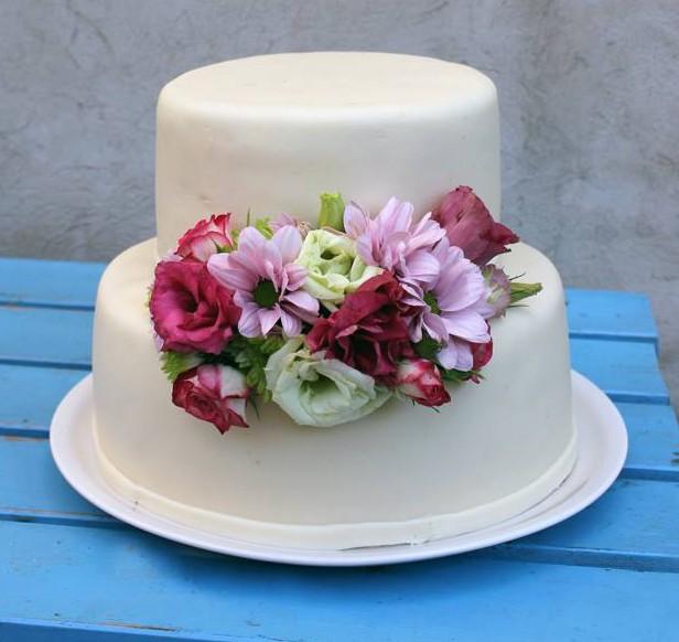 Esküvői torta. Fotó: Morvay Petra