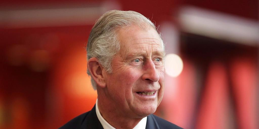 Születésnapja alkalmából bepillantást engedett családi fotóalbumába Károly herceg