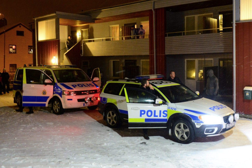 Maszkos fiatalok randalíroztak Svédországban