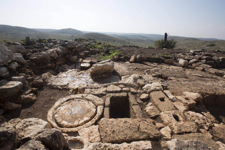 Egy olajprés a monostorkomplexum területén Ros Haájnnál. (Fotó: EPA/Izraeli Régészeti Hatóság)