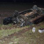 sszetört személygépkocsi a 85. főút veszkényi kereszteződésében, Kapuvár közelében 2016. február 28-ra virradó éjjel. A jármű egy másik autóval ütközött, a balesetben két ember életét vesztette, rajtuk kívül egy személy könnyű sérüléseket szenvedett. MTI Fotó: Krizsán Csaba