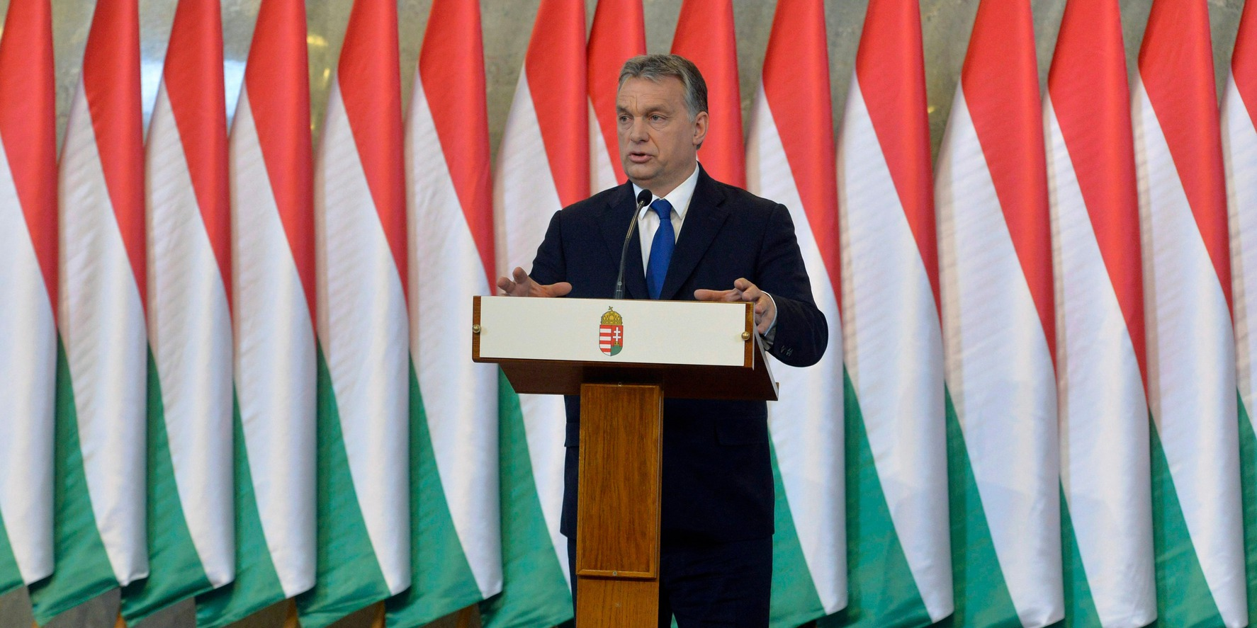 Budapest, 2016. február 24. Orbán Viktor miniszterelnök sajtótájékoztatót tart a Parlament Delegációs termében 2016. február 24-én. A kormány döntést hozott a kötelező betelepítési kvótáról szóló országos népszavazás kiírásáról. MTI Fotó: Koszticsák Szilárd