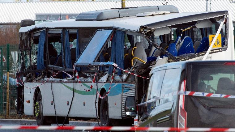 Busz biztonsági öv