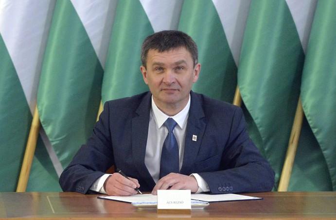 Ács Rezső (Fidesz-KDNP) polgármester (MTI Fotó: Koszticsák Szilárd)