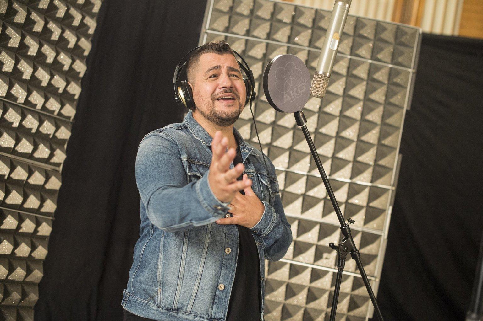 Molnár Ferenc Caramel énekes, zeneszerző (MTI Fotó: Kallos Bea)