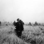 A magyar 2. hadsereg katonái csatárláncba fejlődnek a Don-kanyarban 1942. szeptemberében (MTI Fotó: Reprodukció)