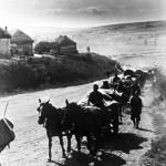 Magyar csapatok egy ukrán faluban a Don térségében 1942. júliusában (MTI Fotó: Reprodukció)