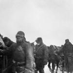 A magyar 2. hadsereg vadászrepülő alakulata gyalogos visszavonulása Ilovszkojénél a Don-kanyarban (MTI Fotó: Reprodukció)