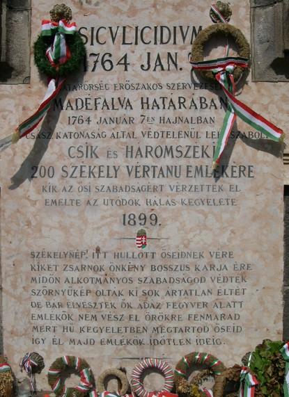 A Siculicidium emlékmű felirata. Forrás: WikimediaCommons