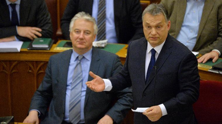 Elemzők: Orbán Viktor öt pontja a nemzeti szuverenitásról szól