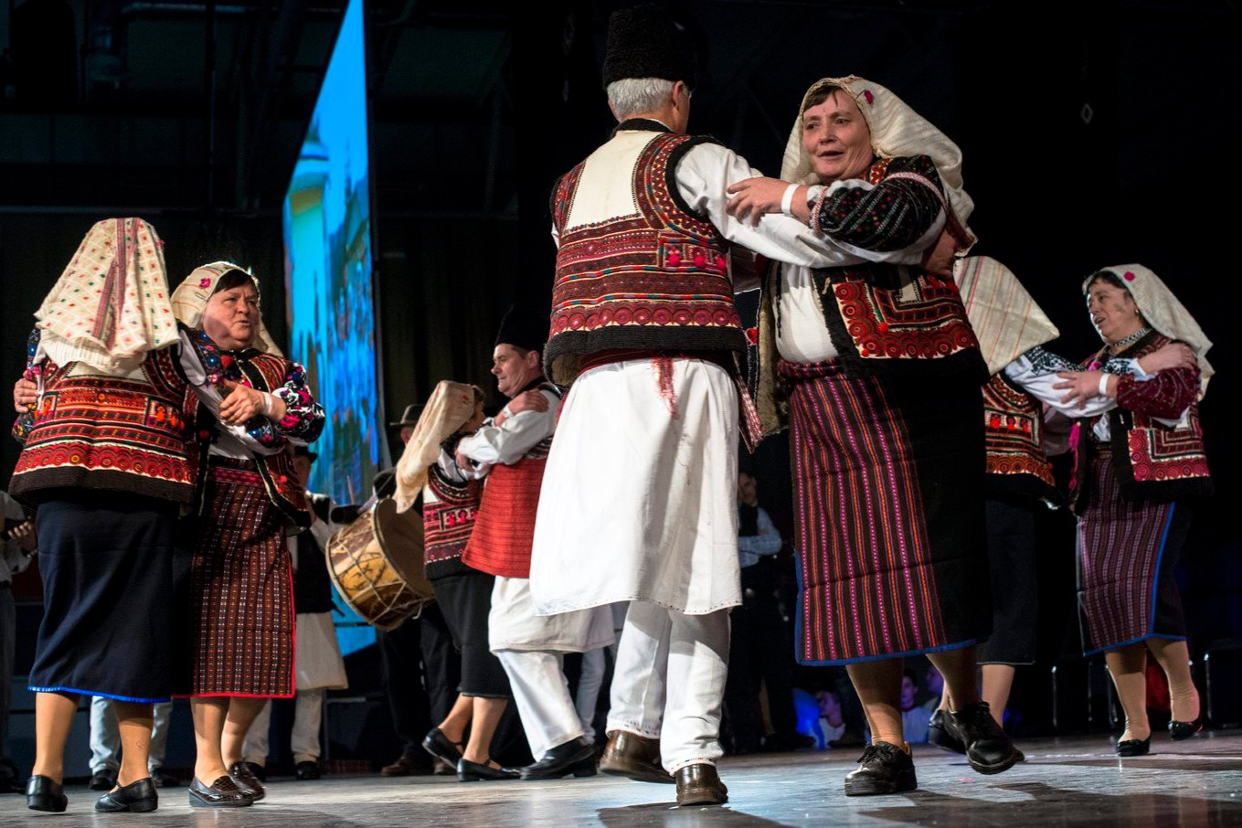 Hagyományőrző moldvai csángók táncelőadása a XX. Csángó Bálon a fővárosi Syma rendezvényközpontban 2016. január 30-án este.MTI Fotó: Kallos Bea