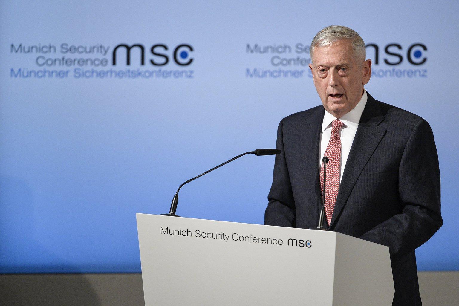 James Mattis, amerikai védelmi miniszter felszólal az 53. alkalommal megrendezett háromnapos müncheni biztonságpolitikai tanácskozás nyitónapján, 2017. február 17-én (Fotó: MTI/EPA/Philipp Guelland)