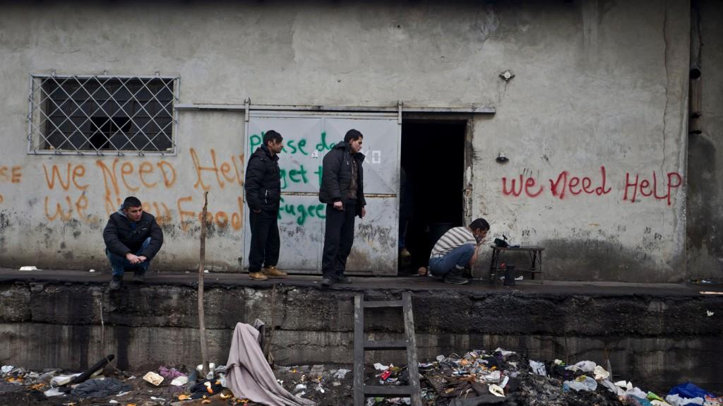 A visszatérés nem opció a belgrádi raktárakban várakozó migránsoknak