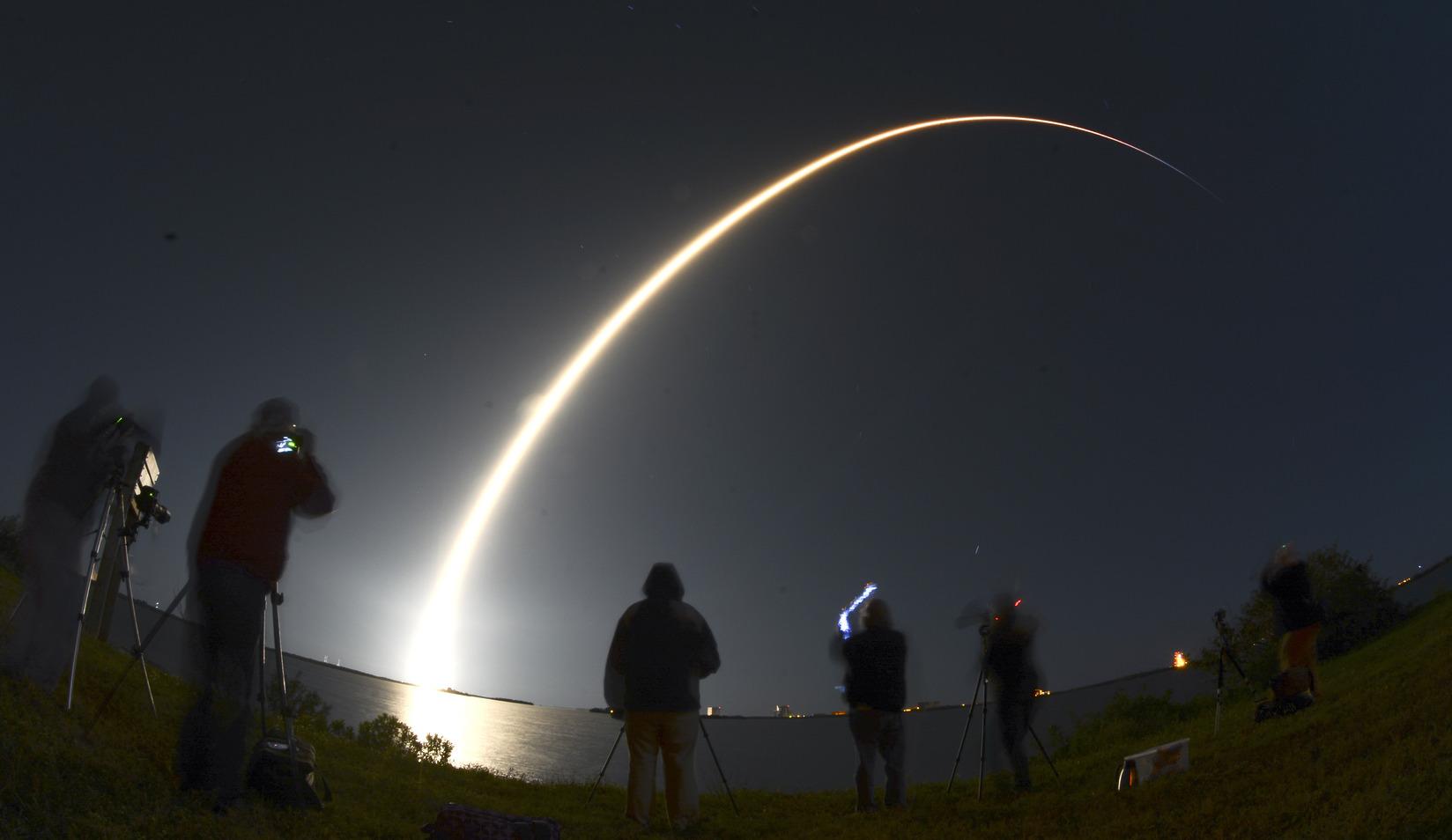 A SpaceX Falcon-9 rakétájának felbocsátása a Kennedy Űrközpontból március 16-án. (Fotó: Sipa USA)