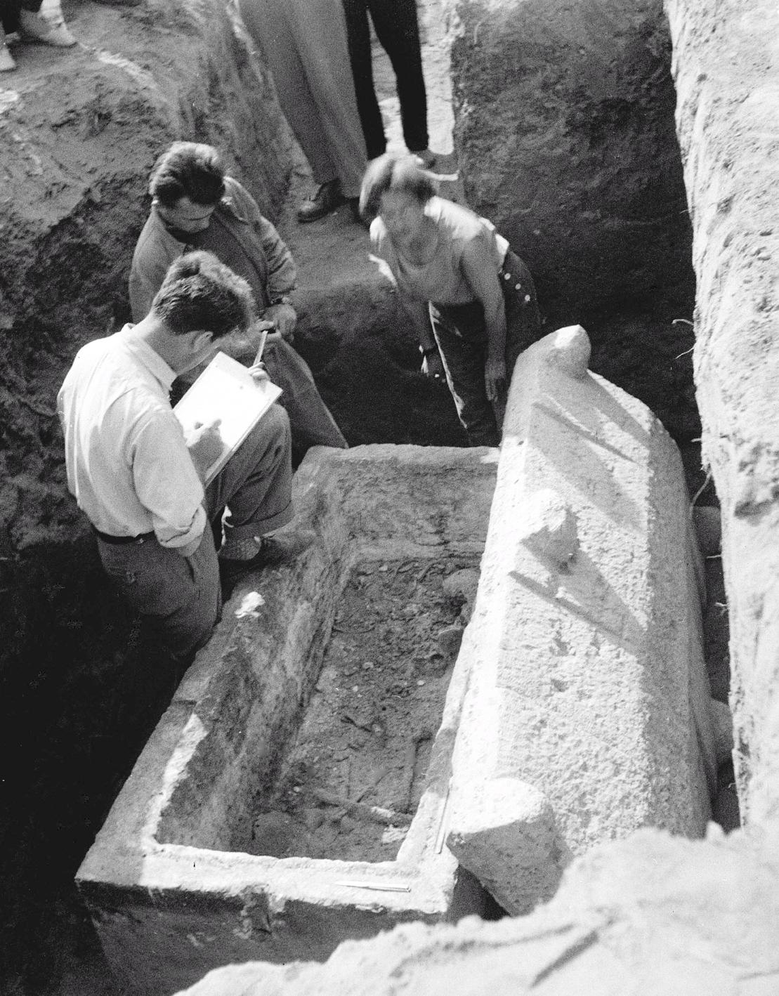 6b564471d2 Római kori szarkofág került napvilágra a dunaújvárosi építkezéseknél.