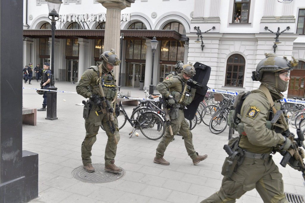 Stockholm a halálos incidens után – képgaléria